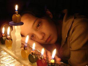 http://www.thekosherchannel.com/images/chanukah-menorah-girl.jpg